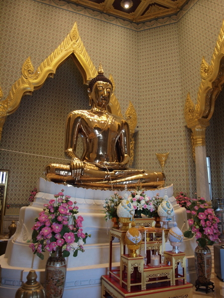 Golden Buddha at Wat Traimit in Bangkok