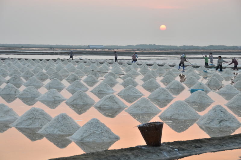 Visiting Salt Pans in Petchaburi, Thailand